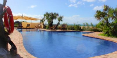 531_bay_view_lodge_swimming_pool_thb